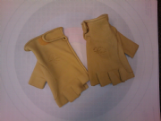 Soft Deer Skin Bow Hand Glove